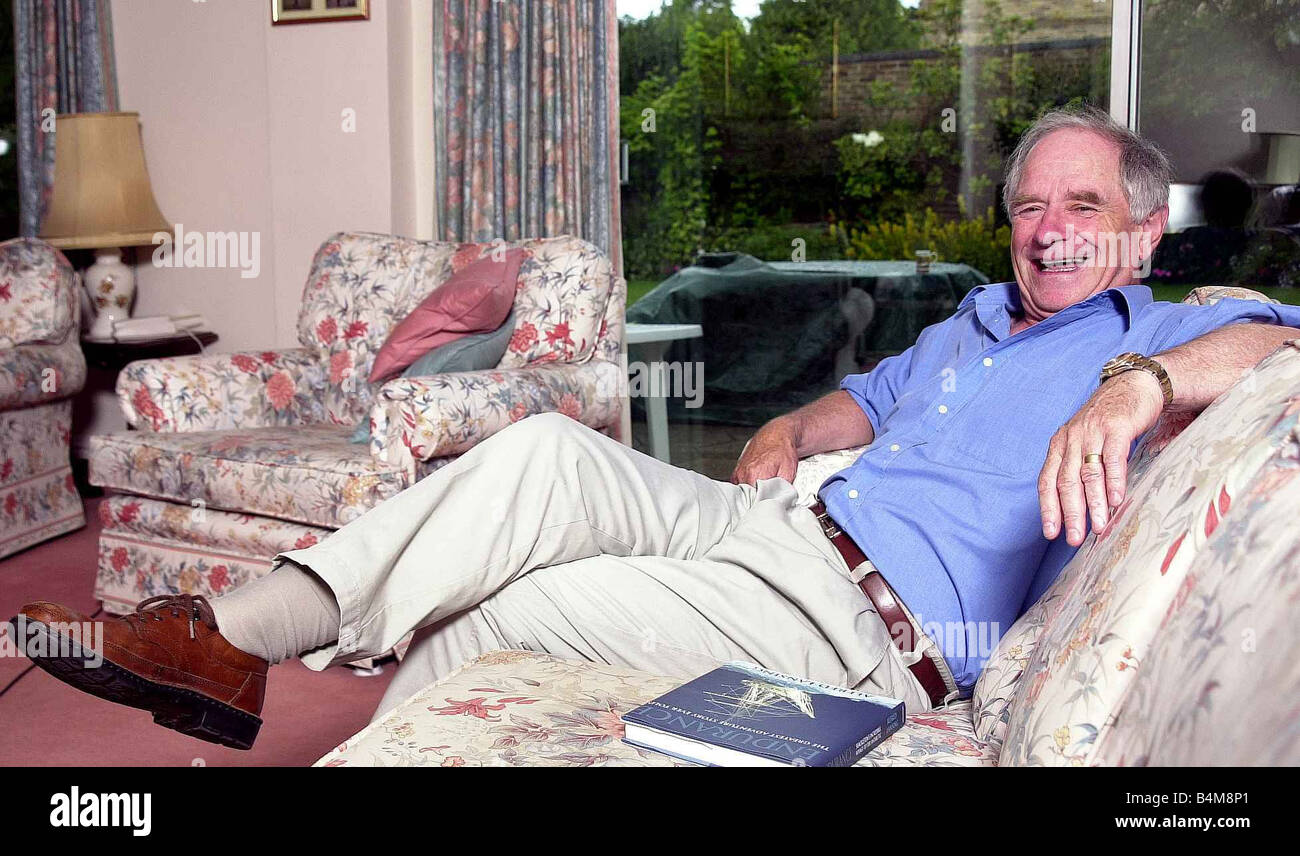 TV presenter Johnny Ball at his home in Buckinghamshire July 2002 Stock Photo