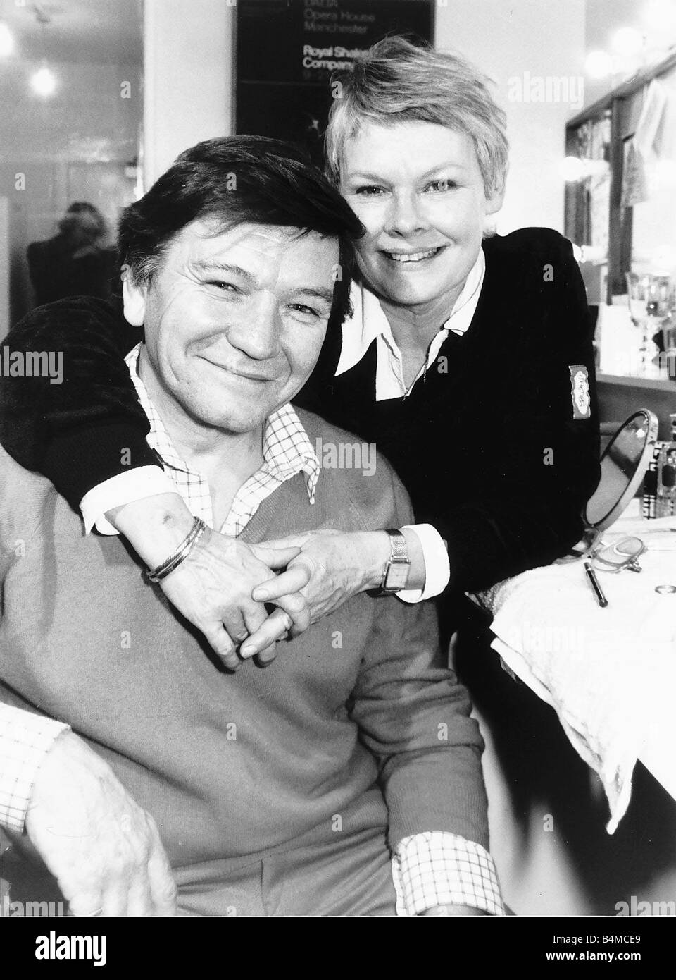 Actress Judi Dench with actor husband ...