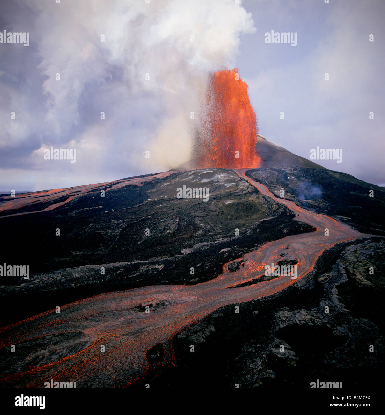 Lava fountain Pu u O o Vent Kilauea Volcano HVNP Island of Hawaii - Stock Image