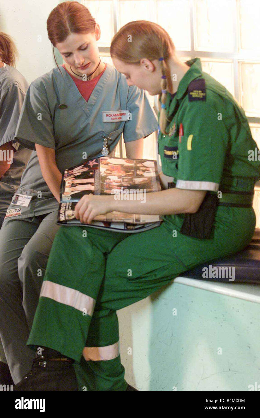TV Programme Casualty August 2002 Behind the scenes at Casualty - Stock Image