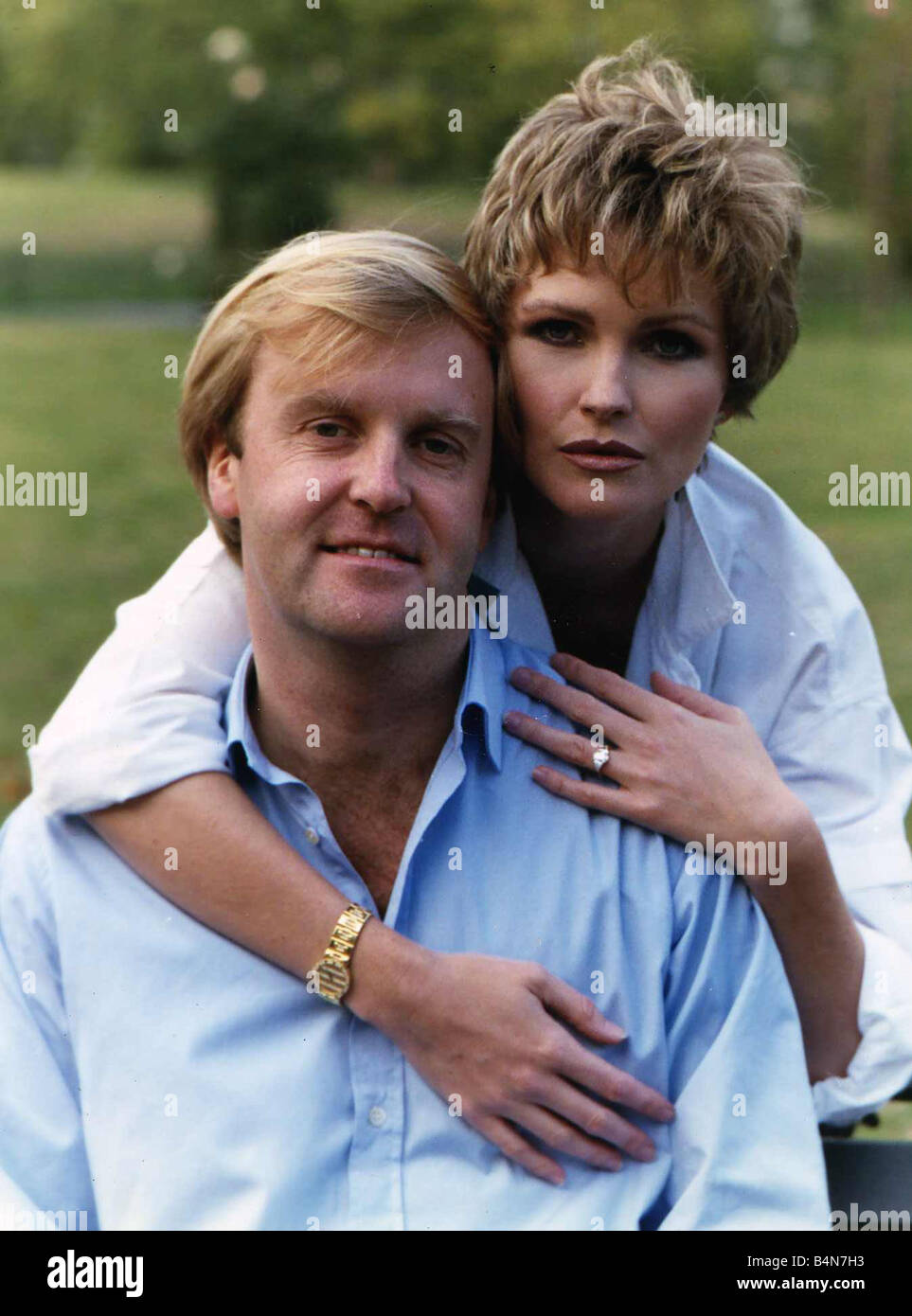 Fiona Fullerton actress and boyfriend Marcus Mortimer a BBC producer October 1989 Stock Photo
