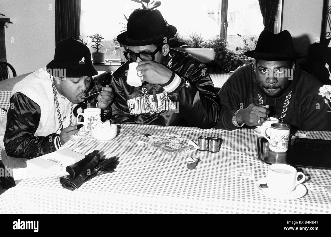 Run DMC American pop group rap drinking tea 1986 - Stock Image