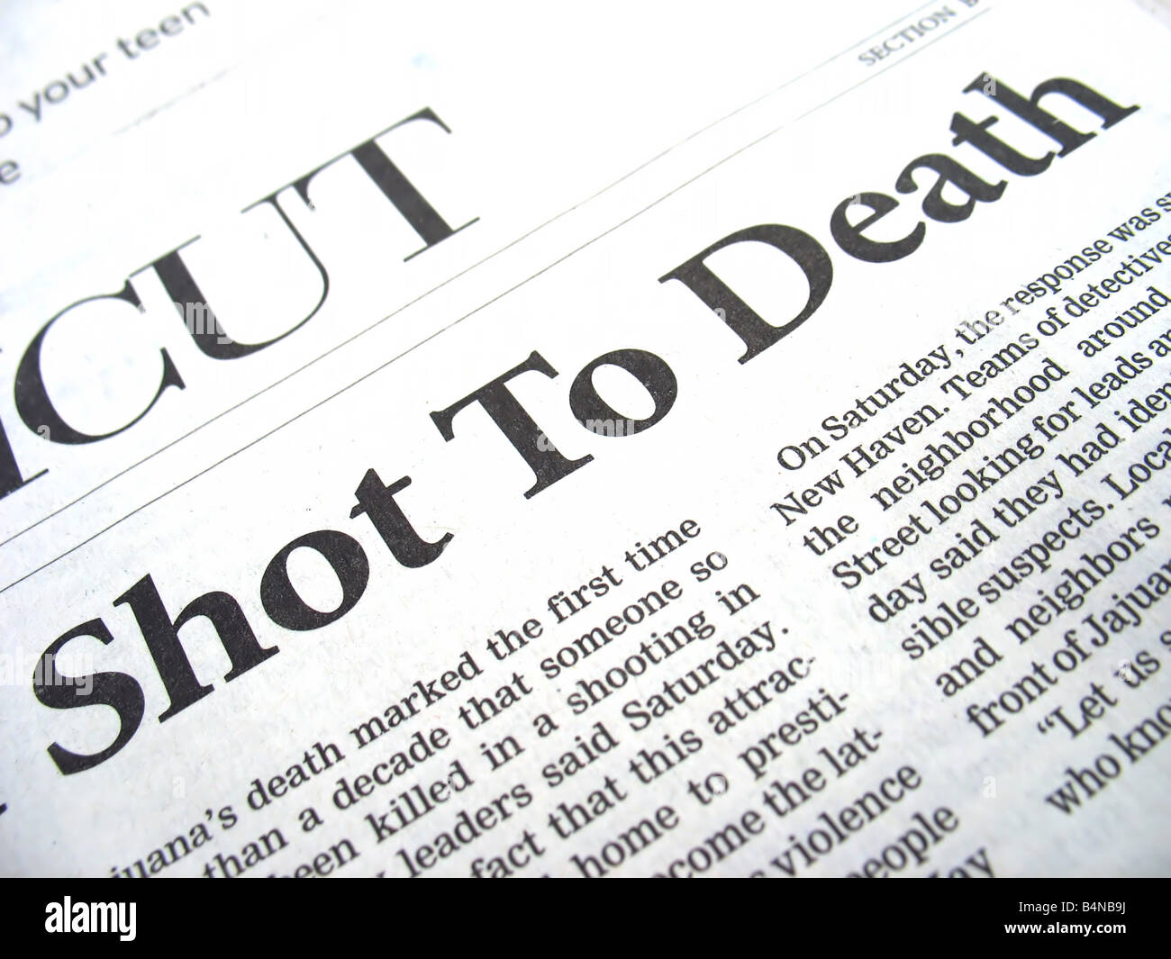 newspaper headline shot to death Stock Photo