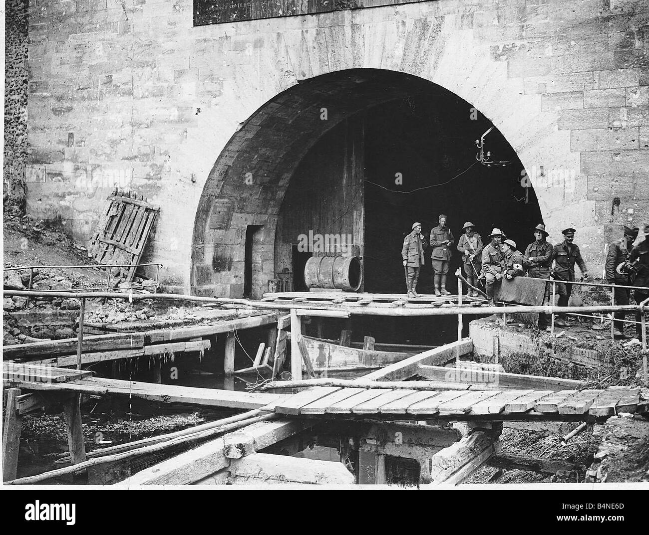 world war one hindenburg line tunnel where the st quentin canal runs stock photo 20141141 alamy. Black Bedroom Furniture Sets. Home Design Ideas
