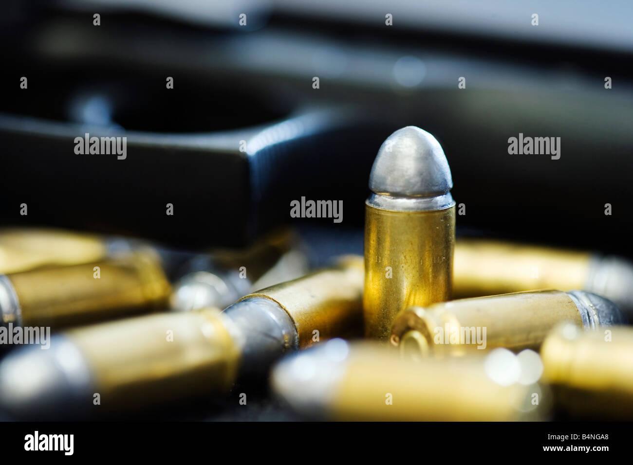 Close up of Beretta 92F handgun with 9mm ammunition - Stock Image