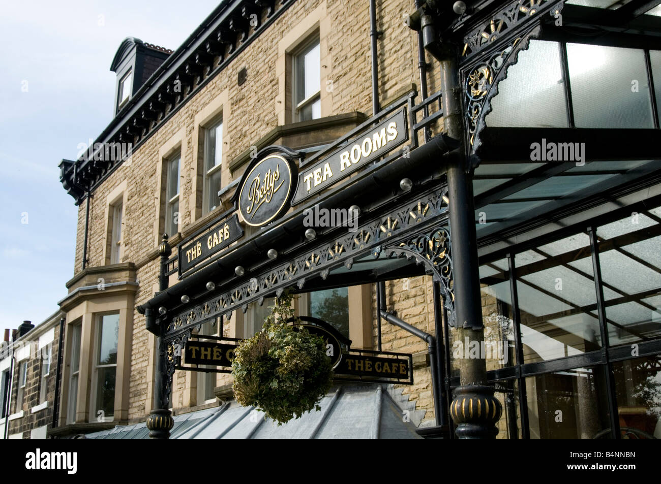 bettys tearoom traditional restaurant harrogate north yorkshire uk england famous afternoon tea rooms tearooms english Stock Photo