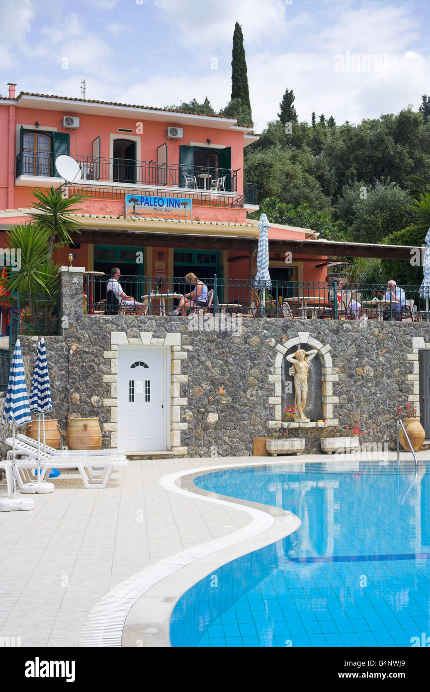 'Paleo Inn' Pool and bar Paleokastritsa - Stock Image