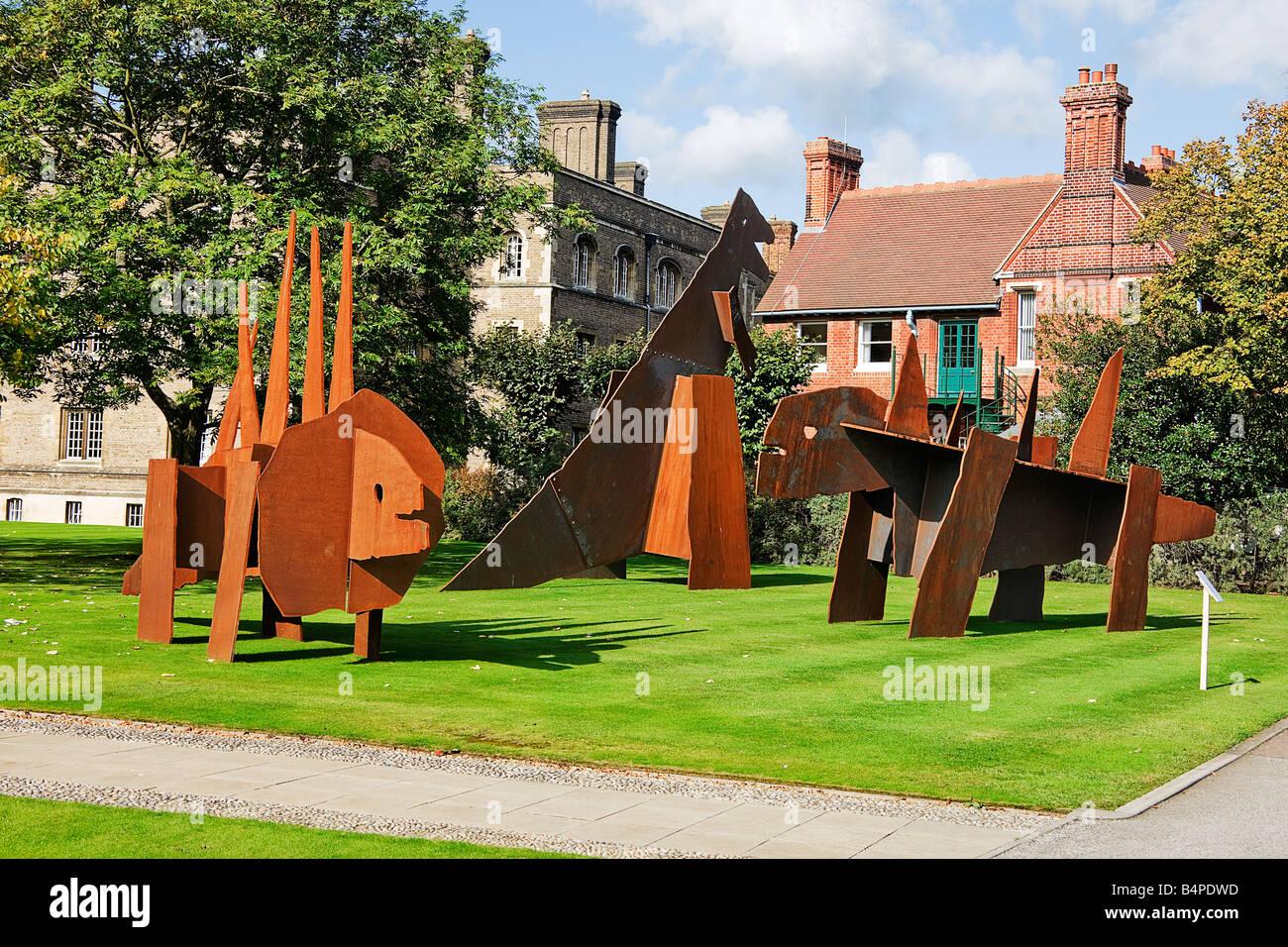 Sculpture Jesus College. three Dinosaurs. Cambridge - Stock Image