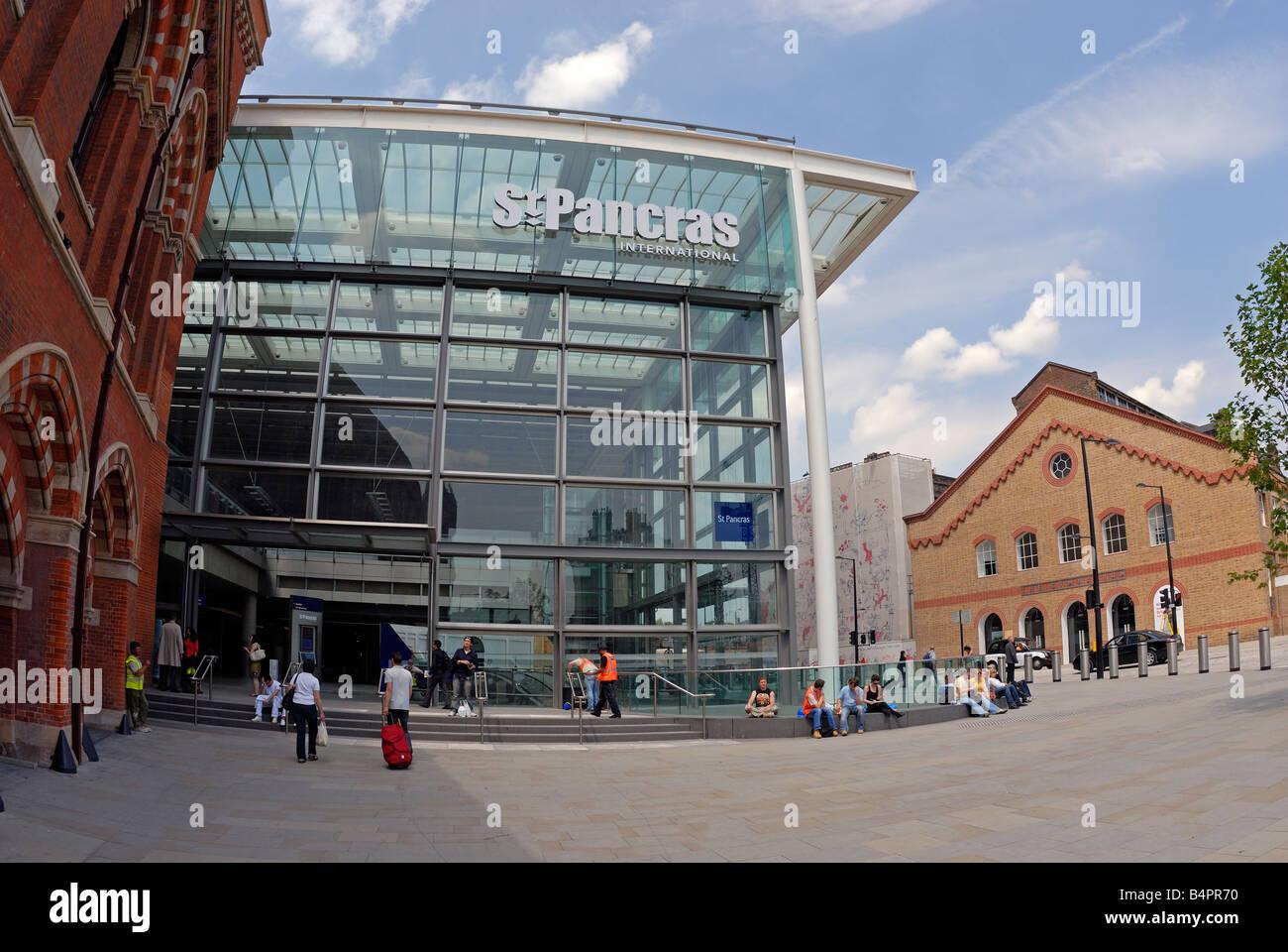 St Pancras International Railway Station, London - Stock Image