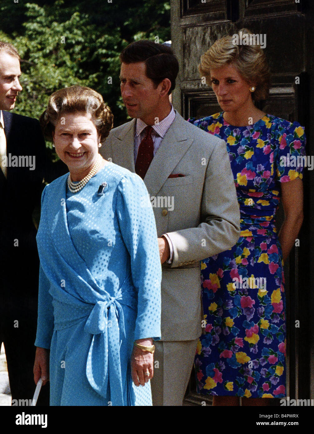 Royal Family Queen In Blue Princess Diana Prince Charles
