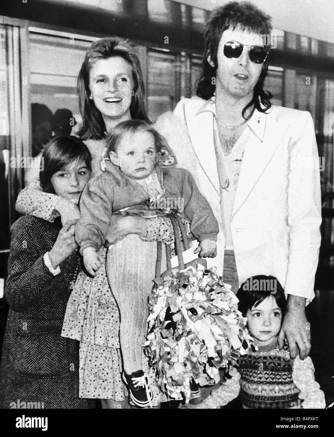 Linda McCartney Photographer With Husband Paul Singer And Their Children Heather Mary Stella On Way To Jamaica For A Holiday