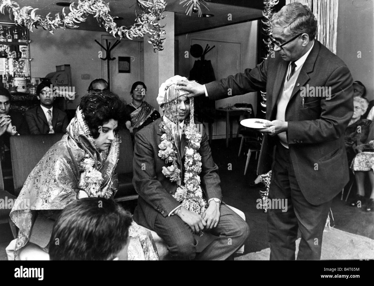 Pictured at the Hindu Wedding Ceremony held at the Montana restaurant Wood Street Cardiff Pandit Naropam Dev who - Stock Image
