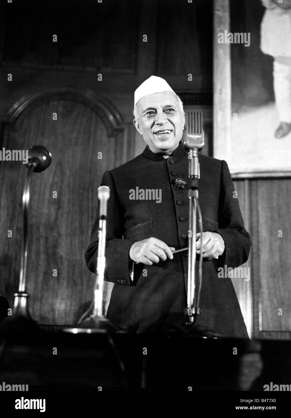 Pandit Jawaharlal Nehru Prime Minister of India Daily Mirror alegriaproductions260706 - Stock Image