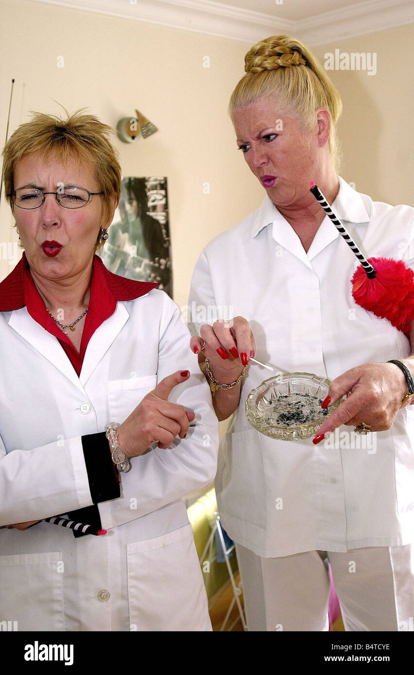 Aggie MacKenzine Kim Woodburn Right May 2003 stars of How Clean Is Your House TV Programme Television Programmes Stock Photo
