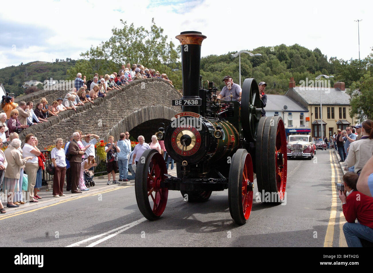 Historic Transport Day 250th anniversary of the Old Bridge in Pontypridd Crowds line the Old Bridge 14th August - Stock Image
