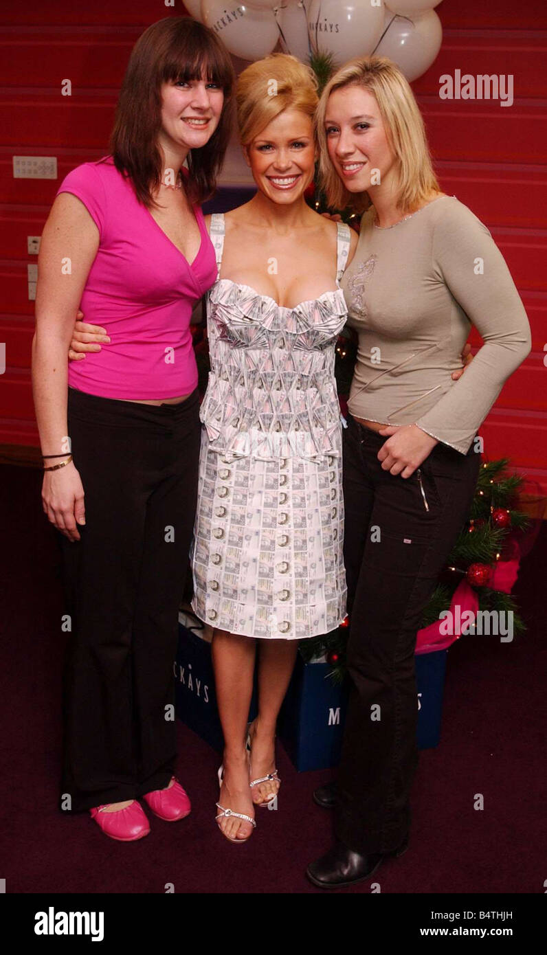 melinda Messenger dress made of 20 pound notes December 2004 mackays THE FASHION RETAILER IS 50 YEARS OLD THIS YEAR - Stock Image