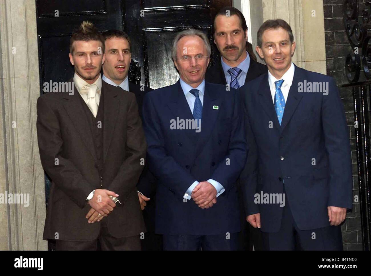 England coach Sven-Goran Eriksson (centre) May 2002 and his players David Beckham (left), Gareth Southgate (second - Stock Image