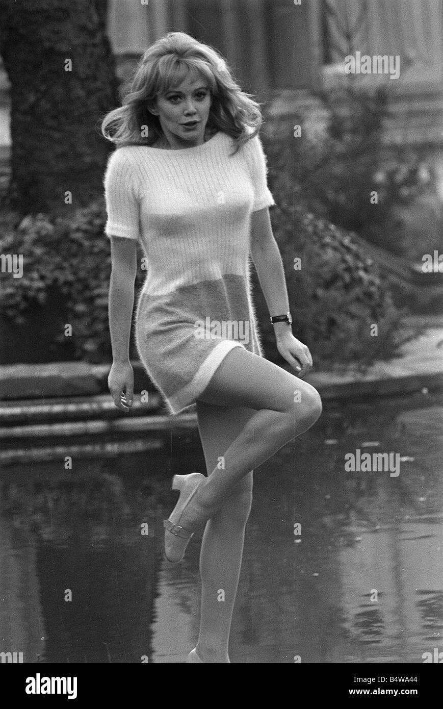 Elaine Taylor (actress)