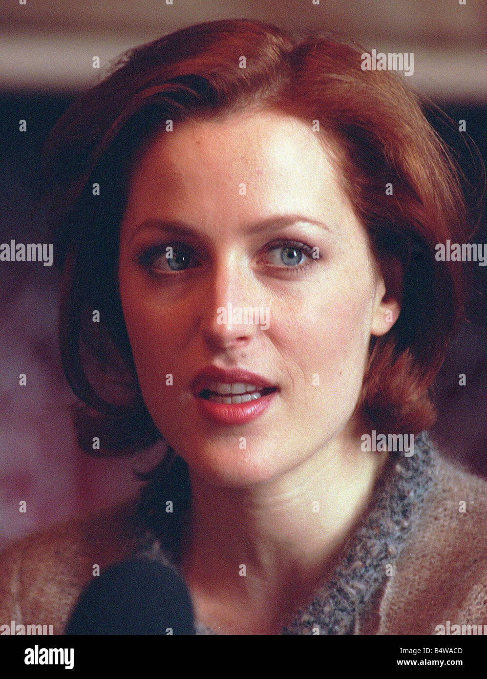 Actress Gillian Anderson the star of the television programme The X Files in Glasgow to make the film House of Mirth - Stock Image