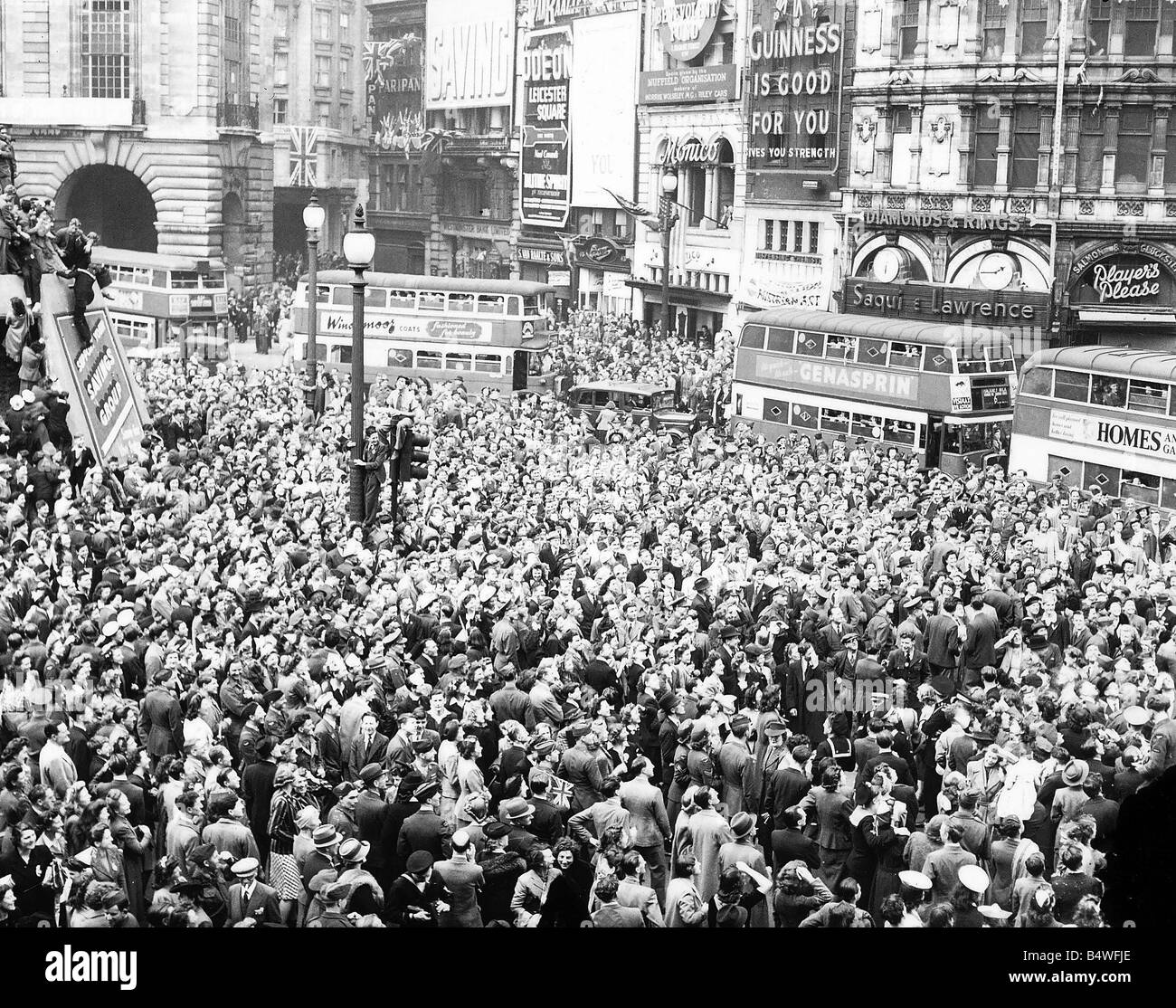 Piccadilly Circus London at the end of World War 2 1945 - Stock Image