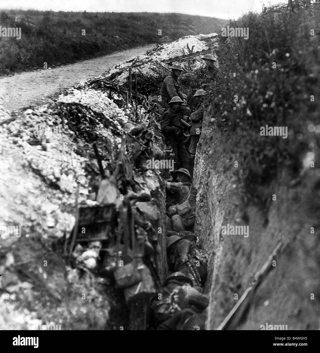 Infantry in the support trench during preliminary bombardment during the first week of the Battle of the Somme At - Stock Image