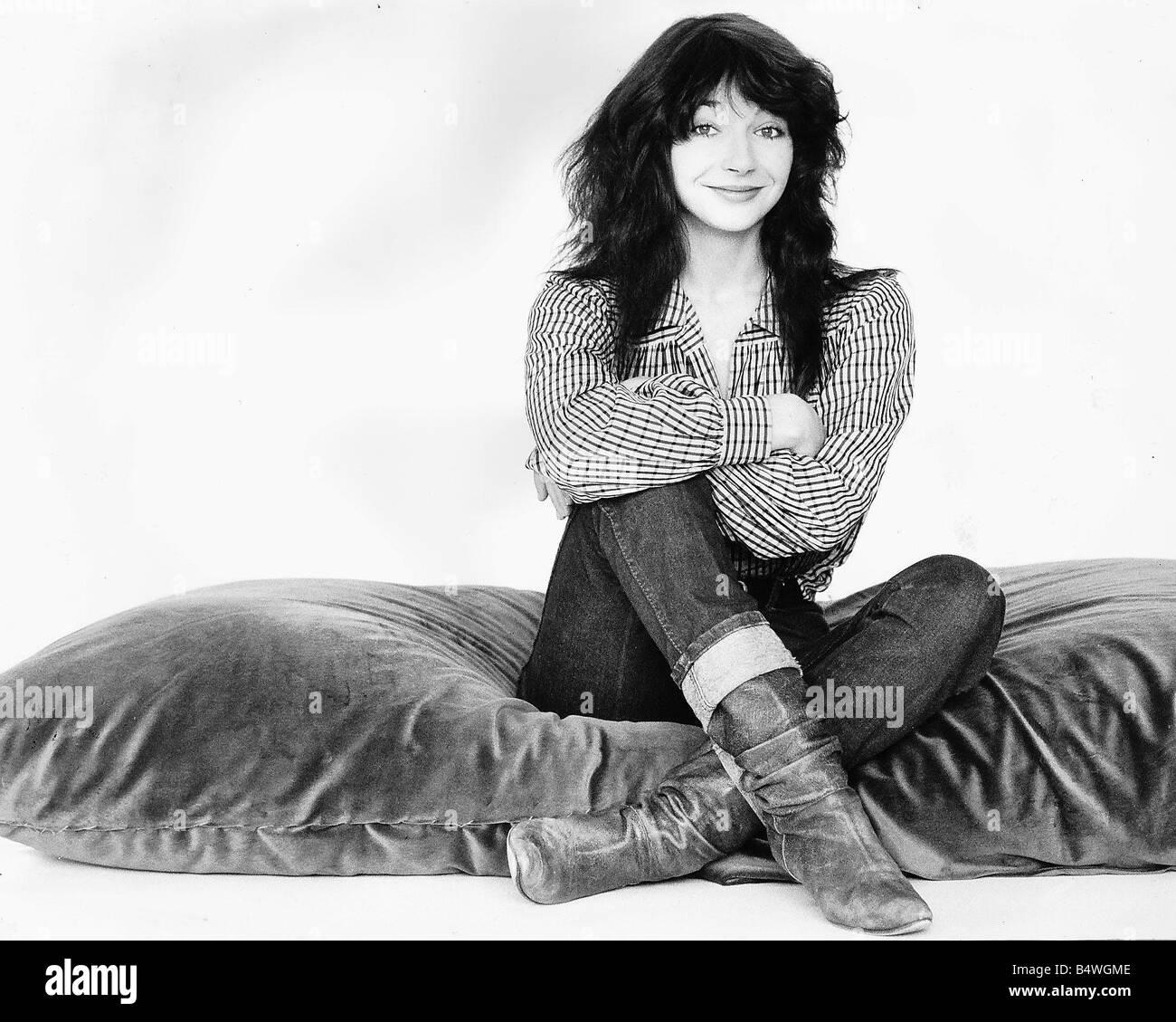 Kate Bush Singer Sitting On A Giant Cushion September 1983 - Stock Image