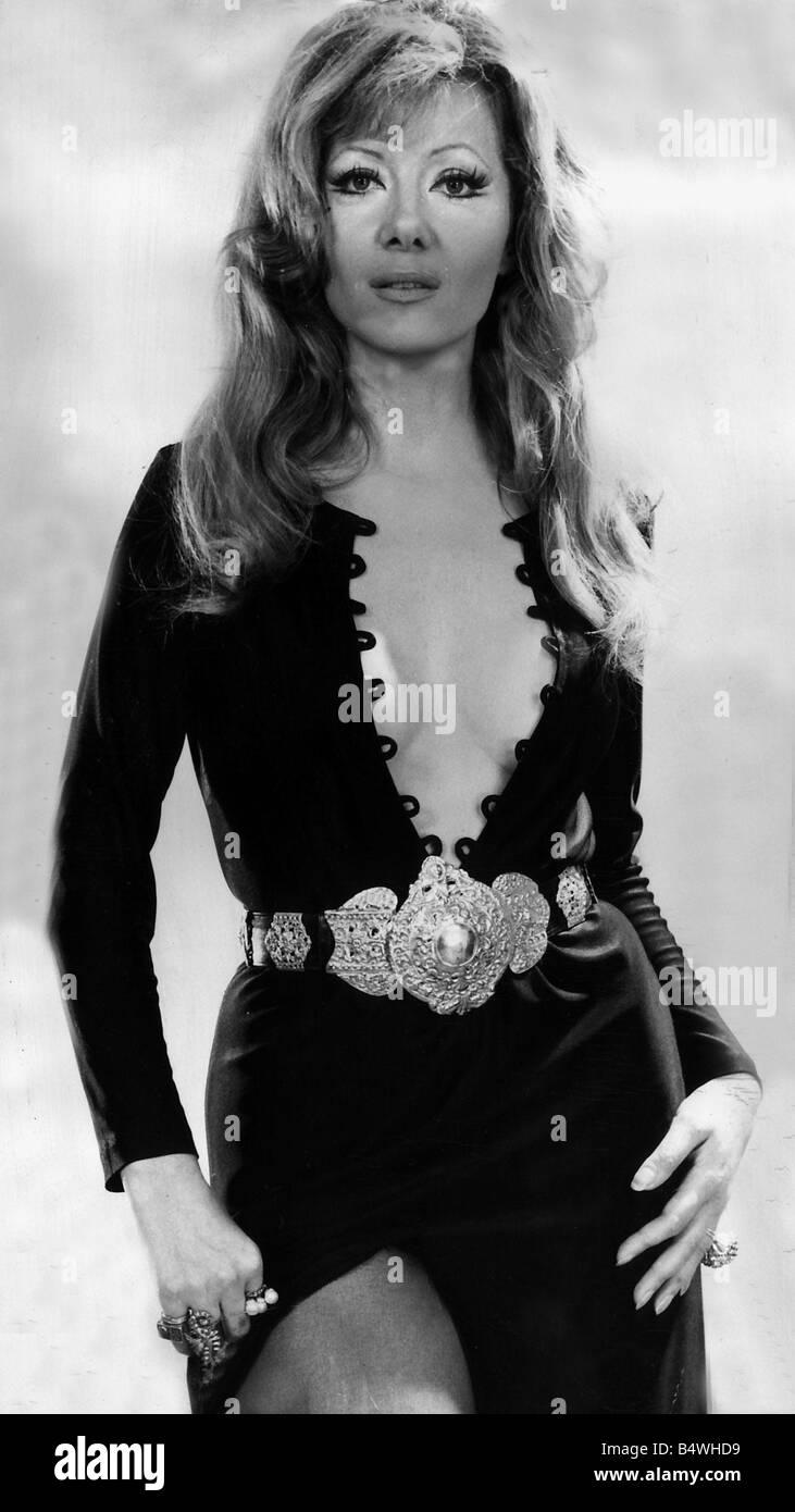 Ingrid Pitt Ingrid Pitt new foto