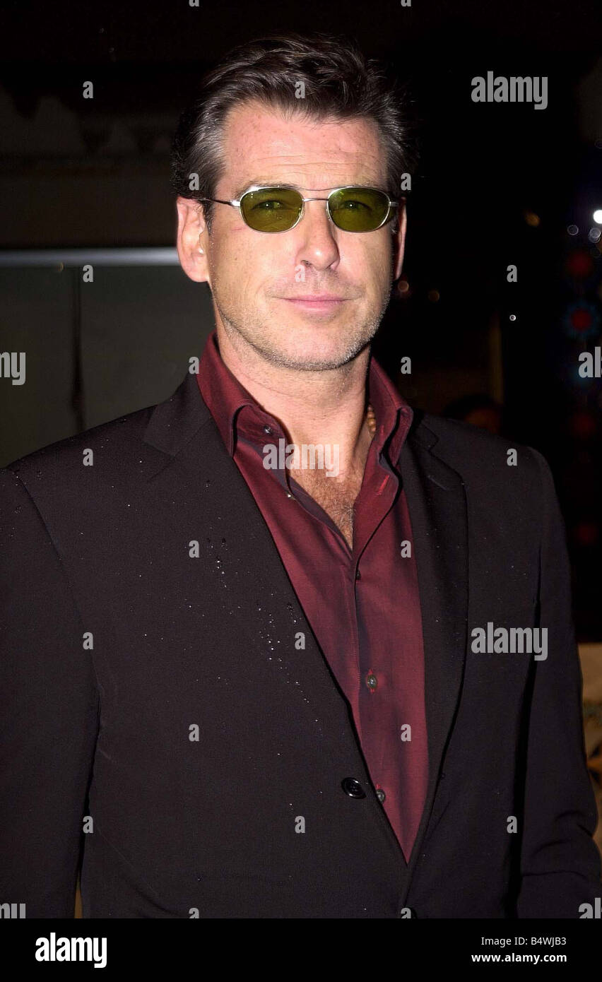 b46a40e1098a6 The MTV European Music Awards Barcelona November 2002 Actor Pierce Brosnan  wearing red shirt jacket tinted su glasses arrives at the awards ceremony