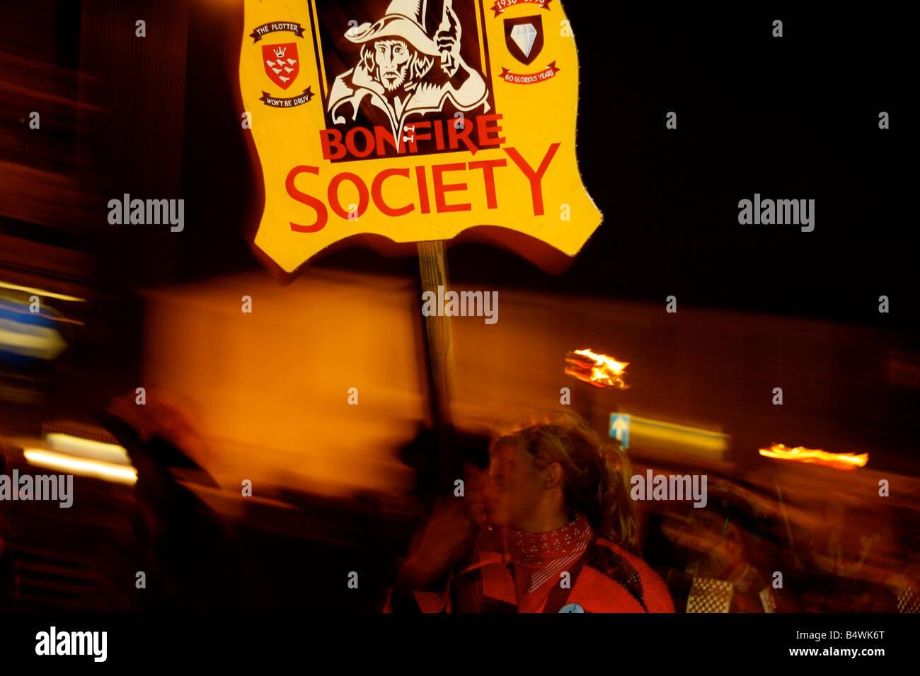 BONFIRE SOCIETY SIGN BANNER GUY FAWKES PARADE NOVEMBER 5 LEWES FIREWORKS - Stock Image