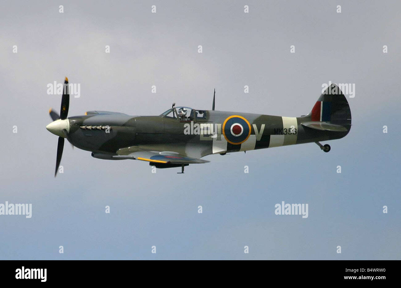 SBAC Farnborough International Airshow 2004 A Supermarine Spitfire Mk LFIXe seen here taking part in the centennial - Stock Image