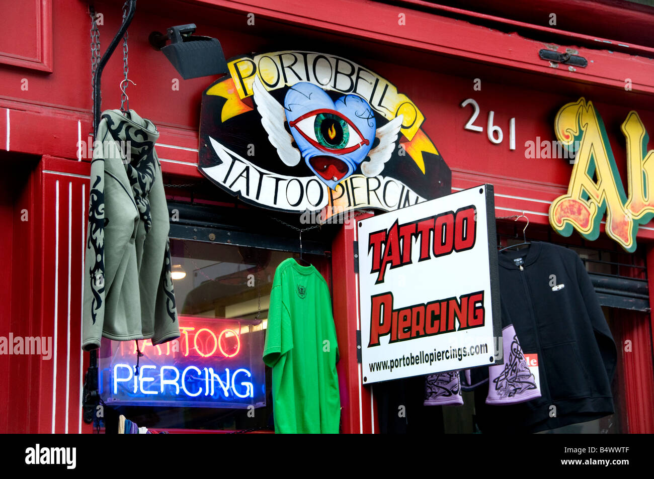 Portobello Road Market Notting Hill London Piercing Tathoo - Stock Image