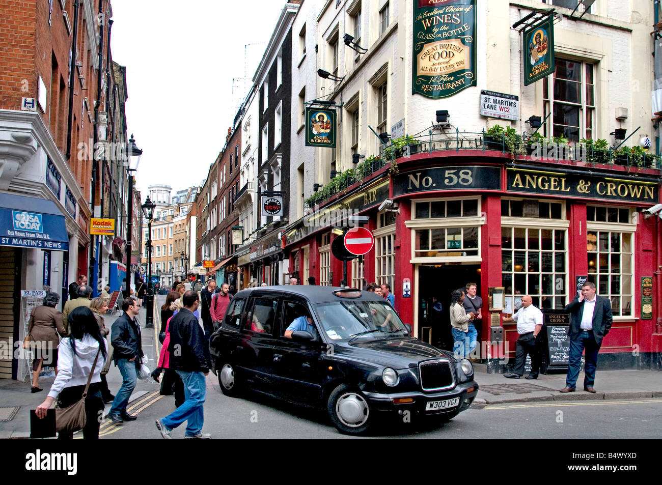 London pub Soho West End cab taxi - Stock Image