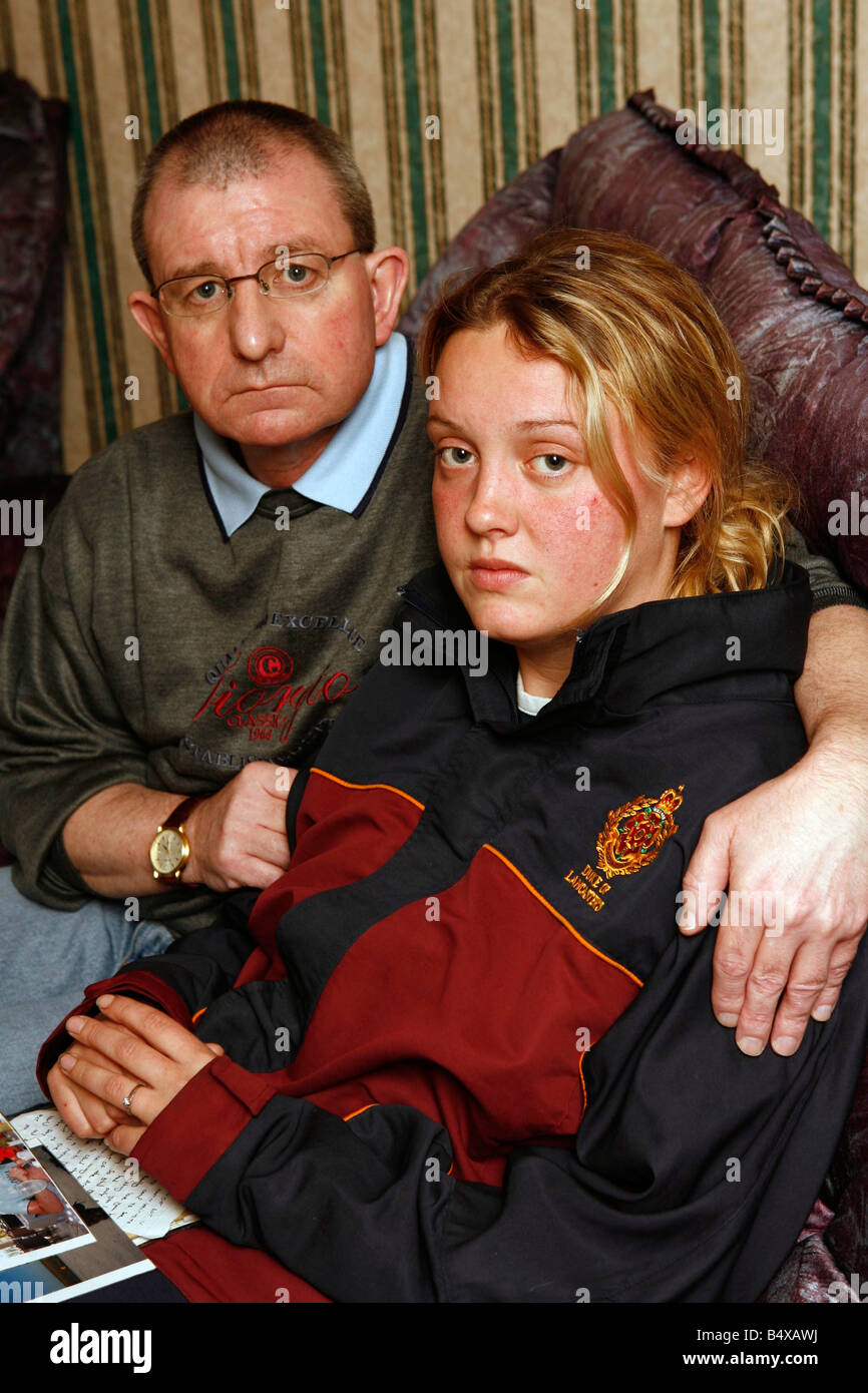 Rebecca Barnes, girlfriend of Graham Hesketh, the latest soldier to be killed in Iraq, with Graham's father, - Stock Image