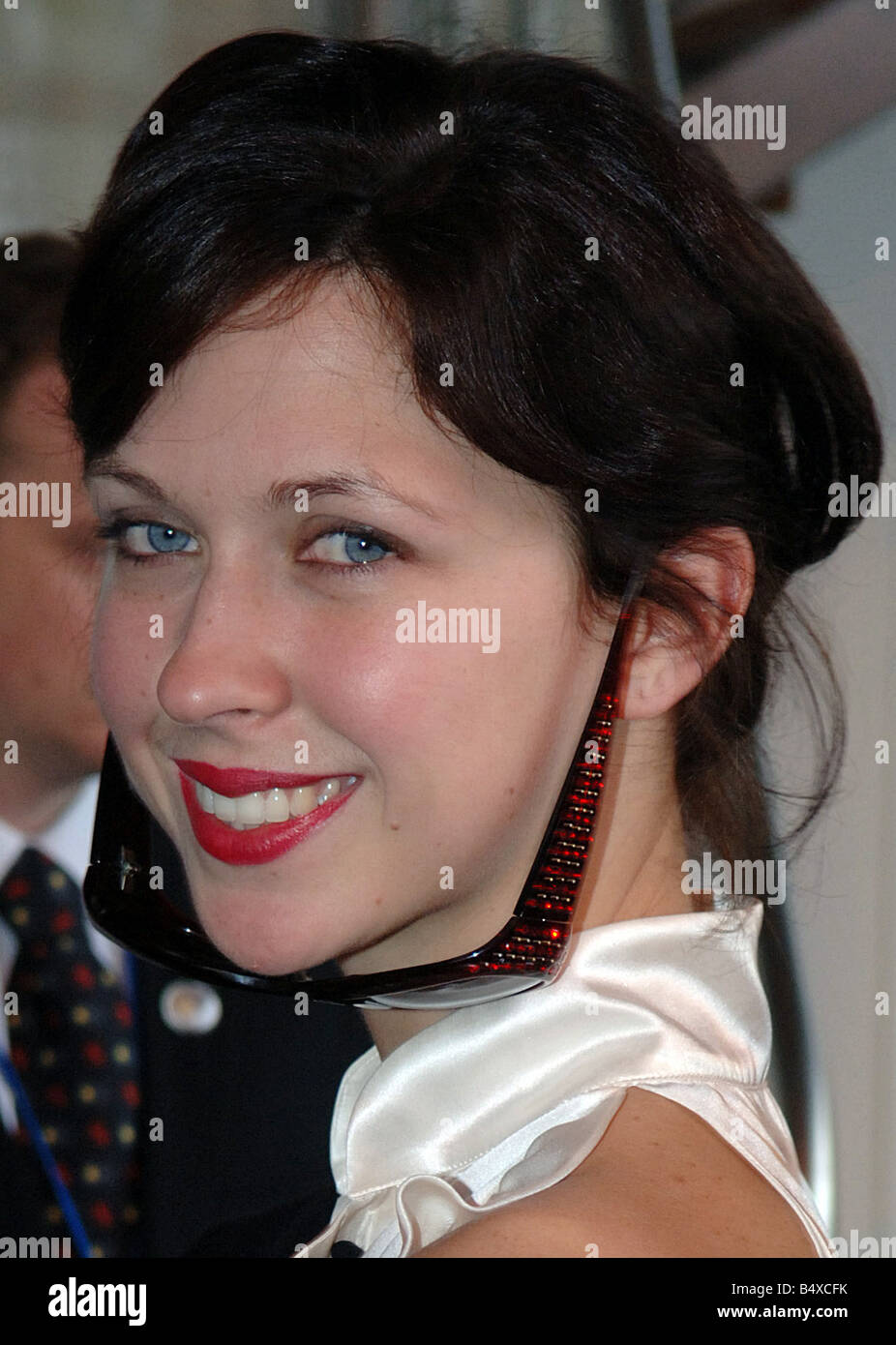 Actress Margot Stilley attends the Gharani Strok collection at the London  Fashion Week. February 2007  0aa71d7f3f8