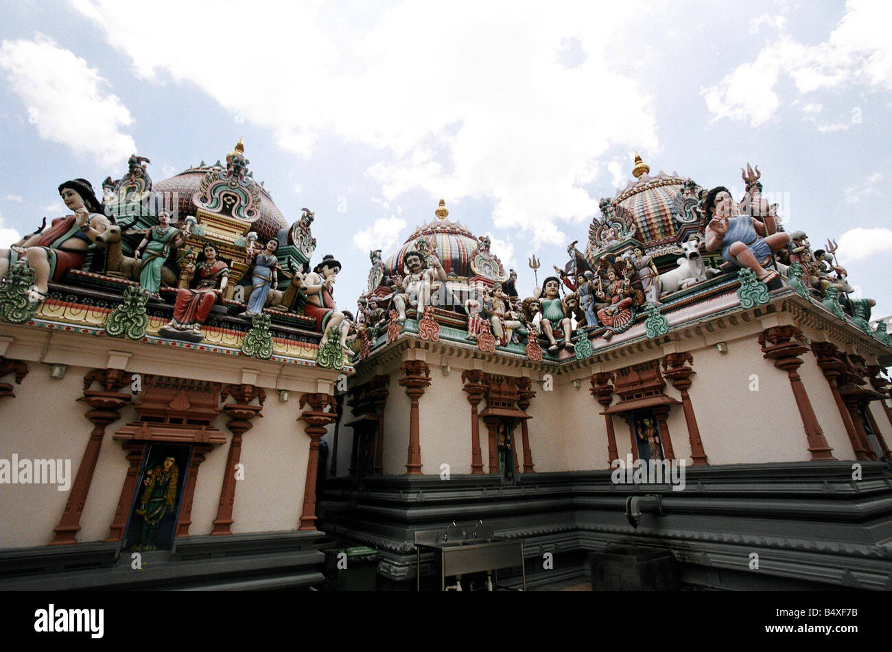 Sri Mariamman Temple 244 South Bridge Road Chinatown is the oldest Hindu temple in Singapore Its site was acquired - Stock Image