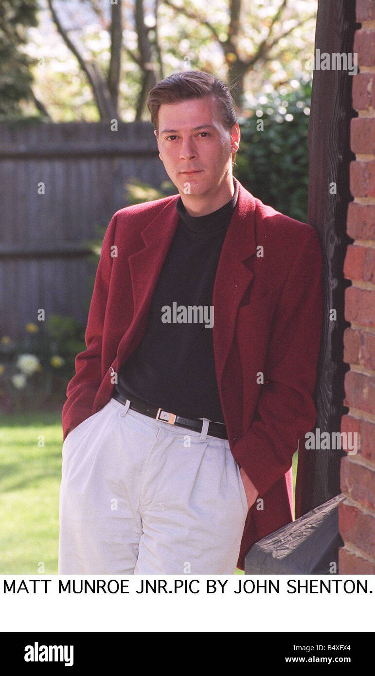 Matt Monro Jnr Son Of Late Matt Monro Is To Release An Album Of Him Singing Duets With His Superstar Dad Who Died - Stock Image