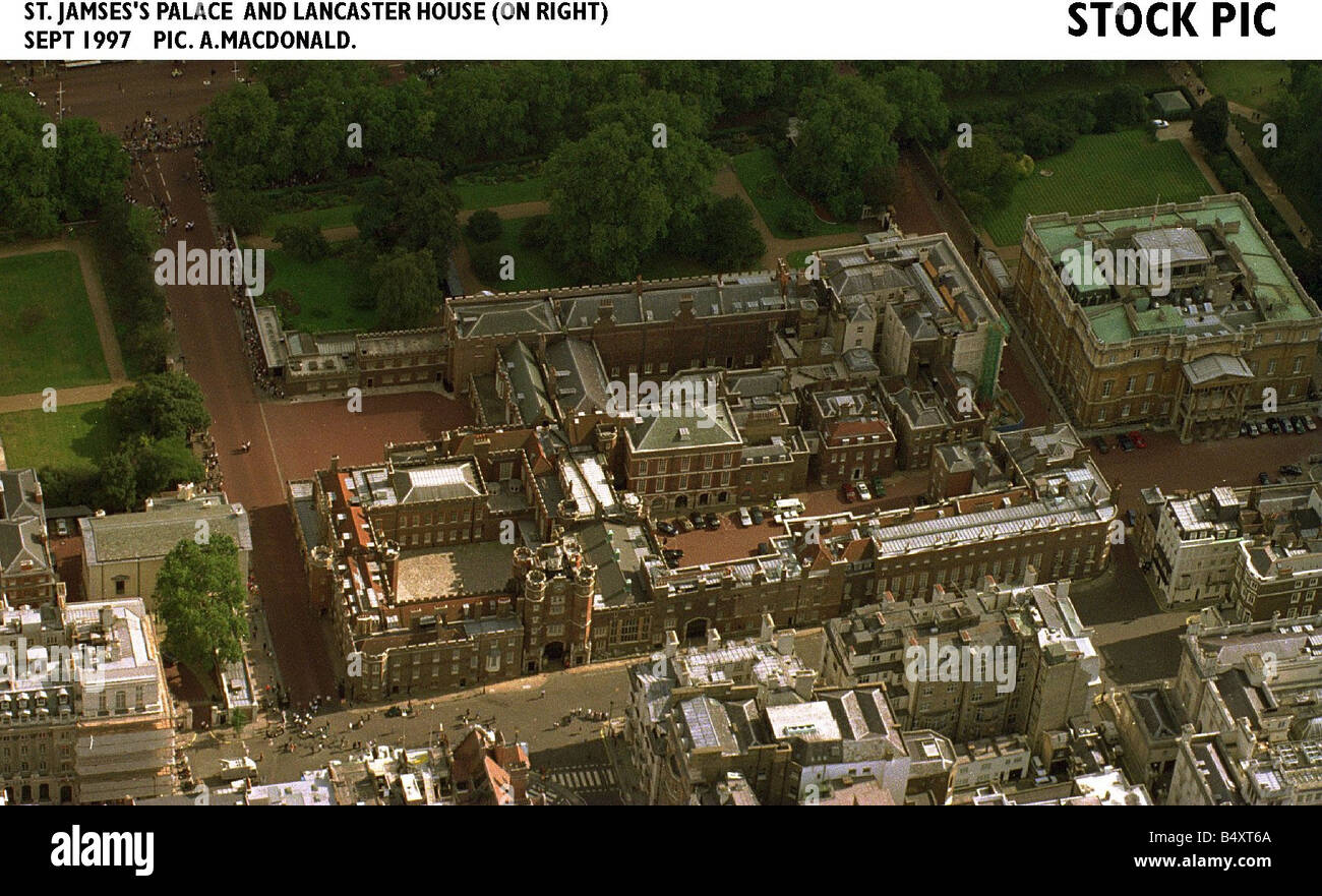 London St James Palace And Lancaster House 1997 Stock