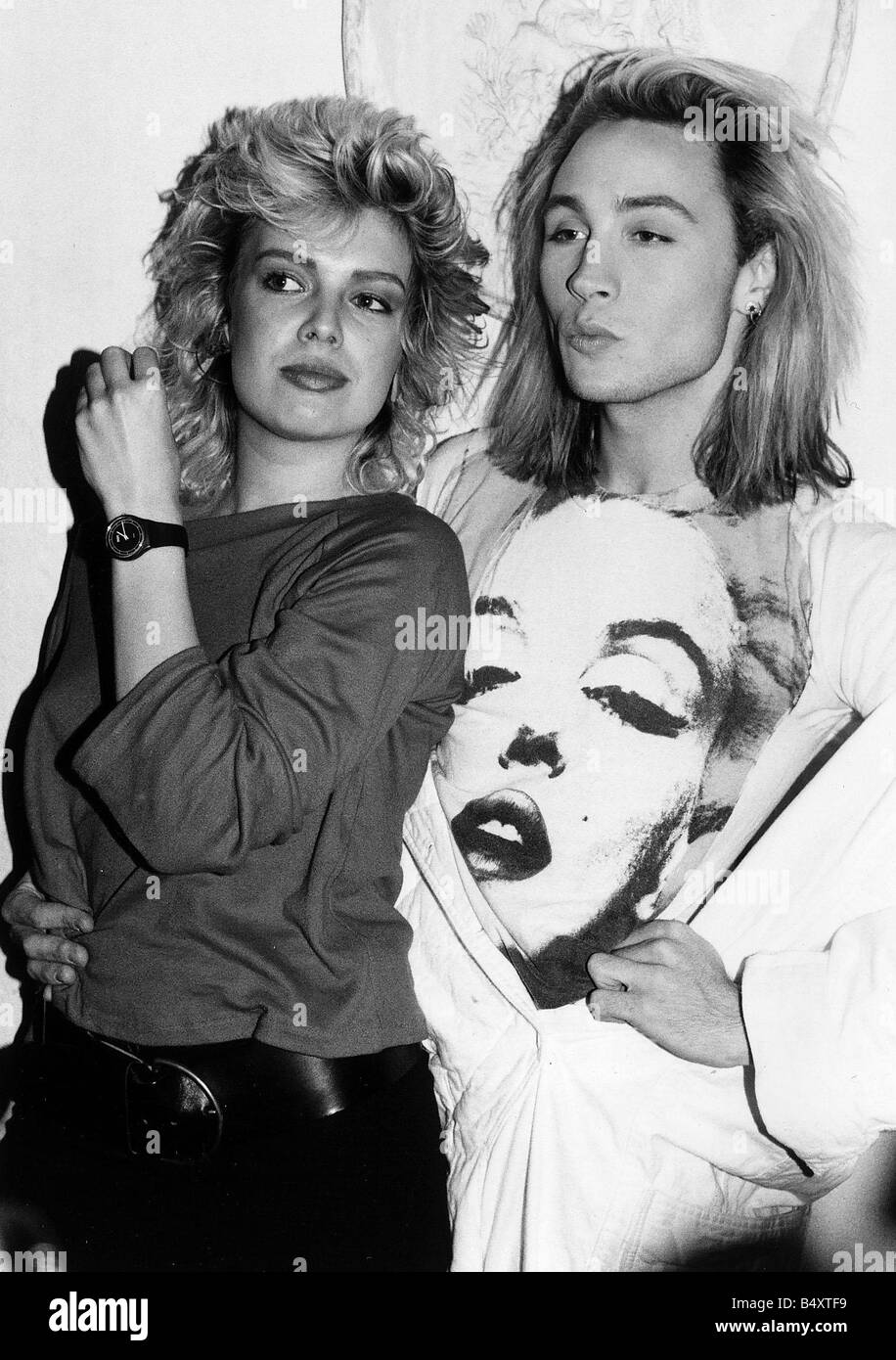 Kim Wilde pop singer with Marilyn 1984 - Stock Image