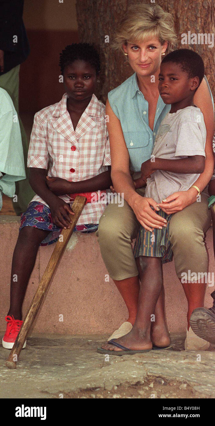 Princess Diana visits a Red Cross centre in Angola to meet the victims of the civil war - Stock Image