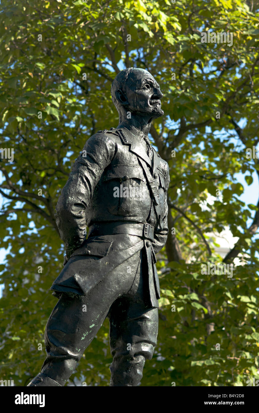 Statue of Field Marshal Jan Christain Smuts in Parliament Square in London UK by the sculptor Jacob Epstein - Stock Image