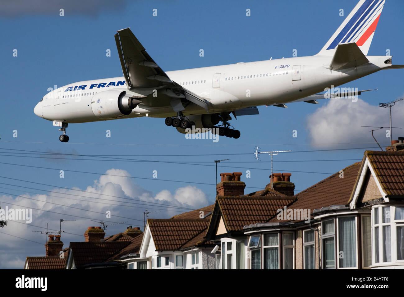 Air France Boeing 777-228(ER) plane landing at London