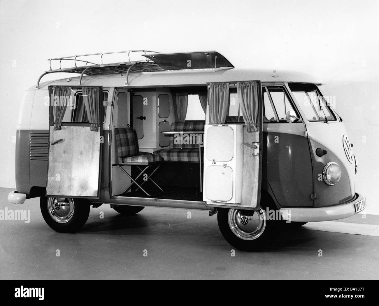 transport / transportation, car, vehicle variants, Volkswagen, VW Type 2, Transporter T1, extended variant, 1970s, - Stock Image