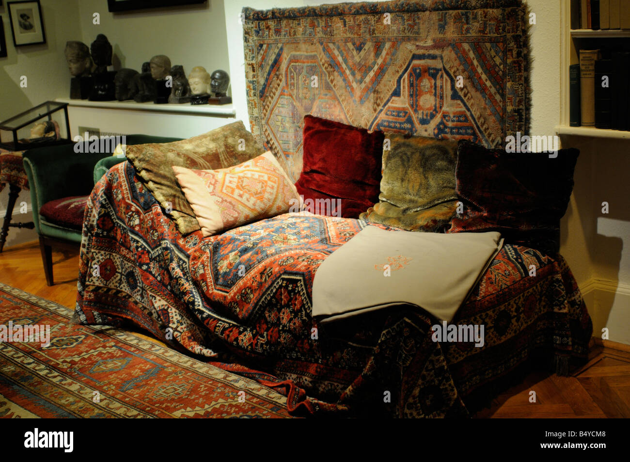 The famous couch in the Freud's Museum in London - Stock Image