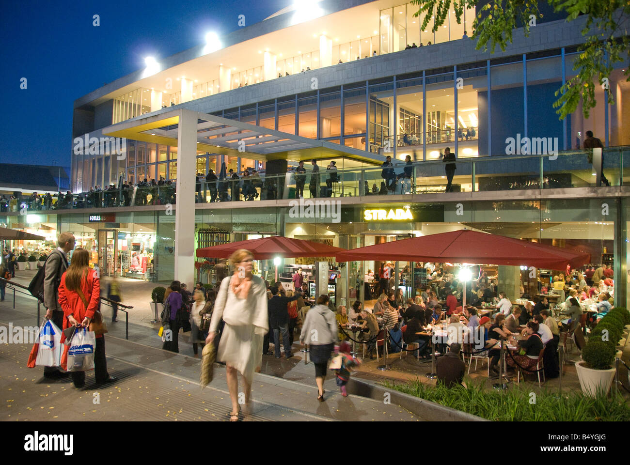 Restaurants And Bar Outside The Royal Festival Hall On The South