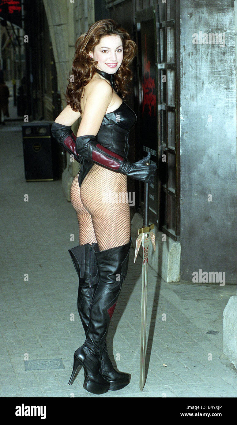 Cover girl Kelly Brook at the London Dungeon 1998 to help promote the new computer game The Deathtrap Dungeon - Stock Image