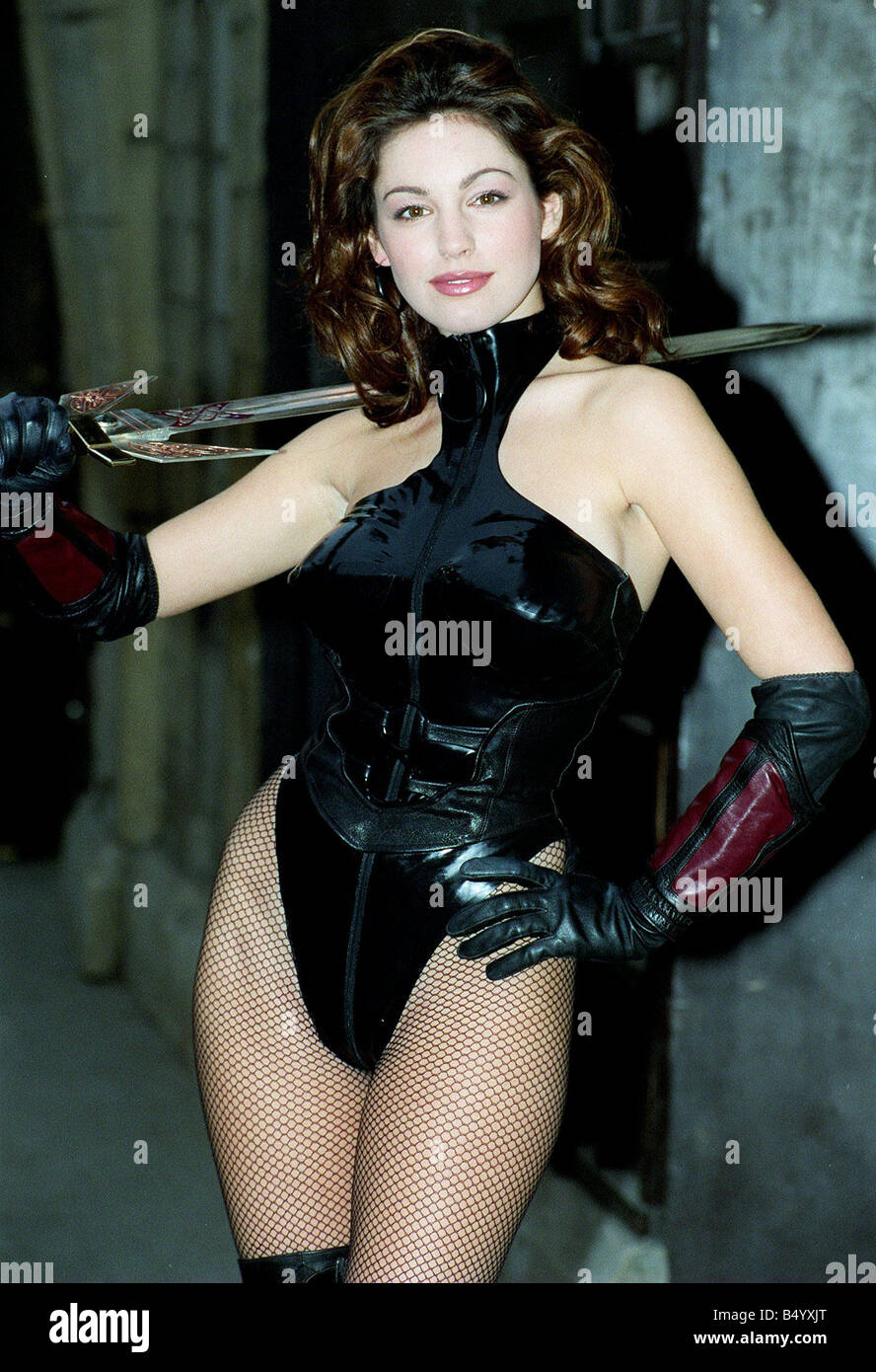 Cover girl Kelly Brook at the London Dungeon s 1998 to help promote the new computer game The Deathtrap Dungeon - Stock Image