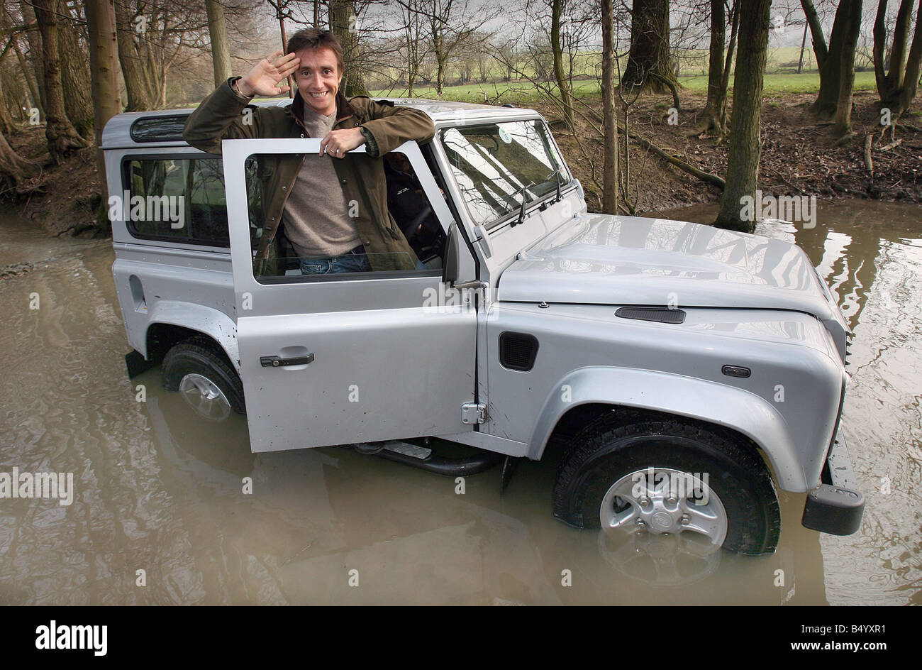 28 3 07 Richard Hammond road tests the new Land Rover Defender Stock