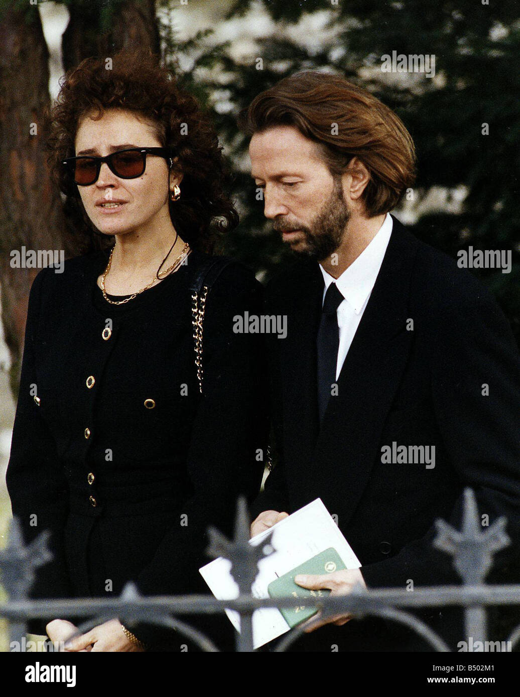 eric clapton singer and rock guitarist with the mother of his son stock photo 20285777 alamy. Black Bedroom Furniture Sets. Home Design Ideas