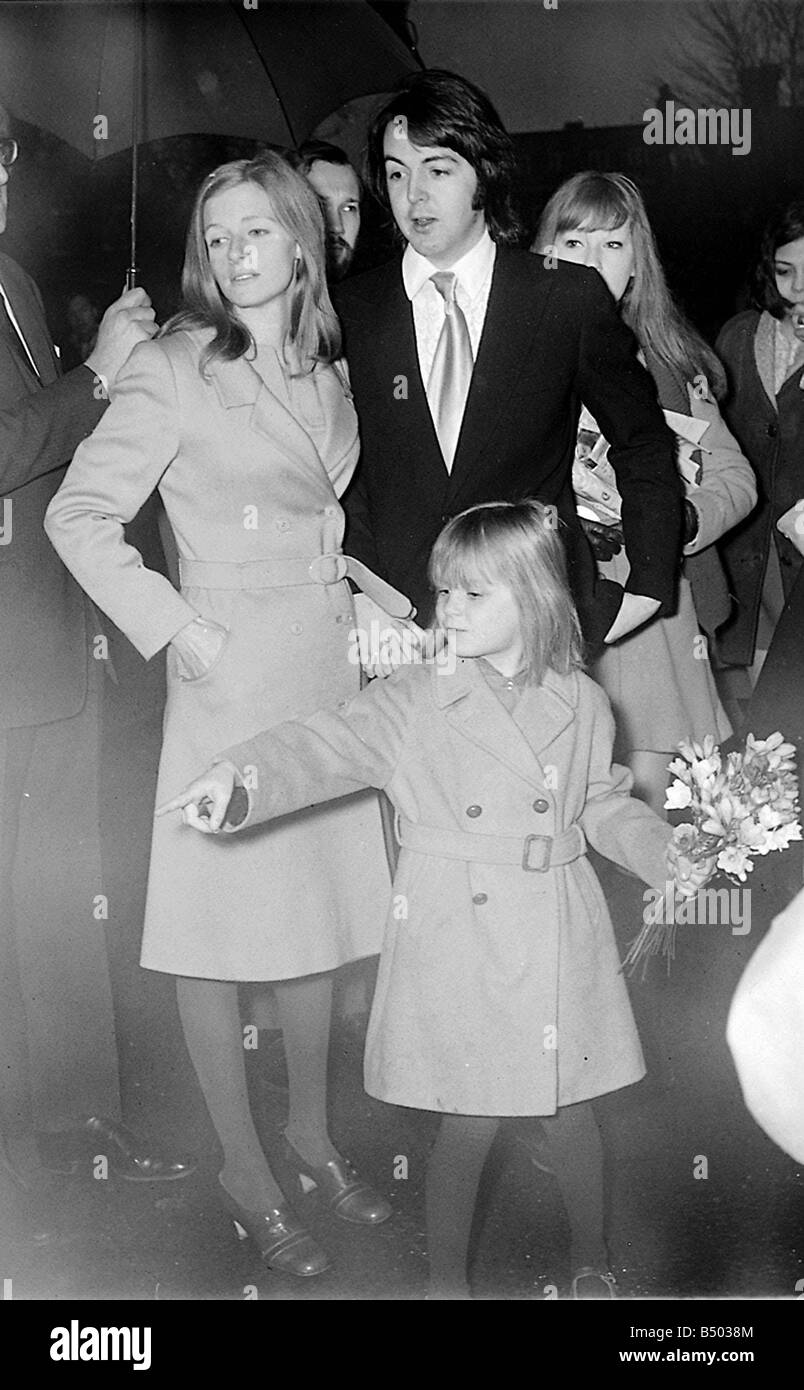 Beatles Files 1969 Paul McCartney On His Wedding Day To Linda With Daughter Heather 12 03 68