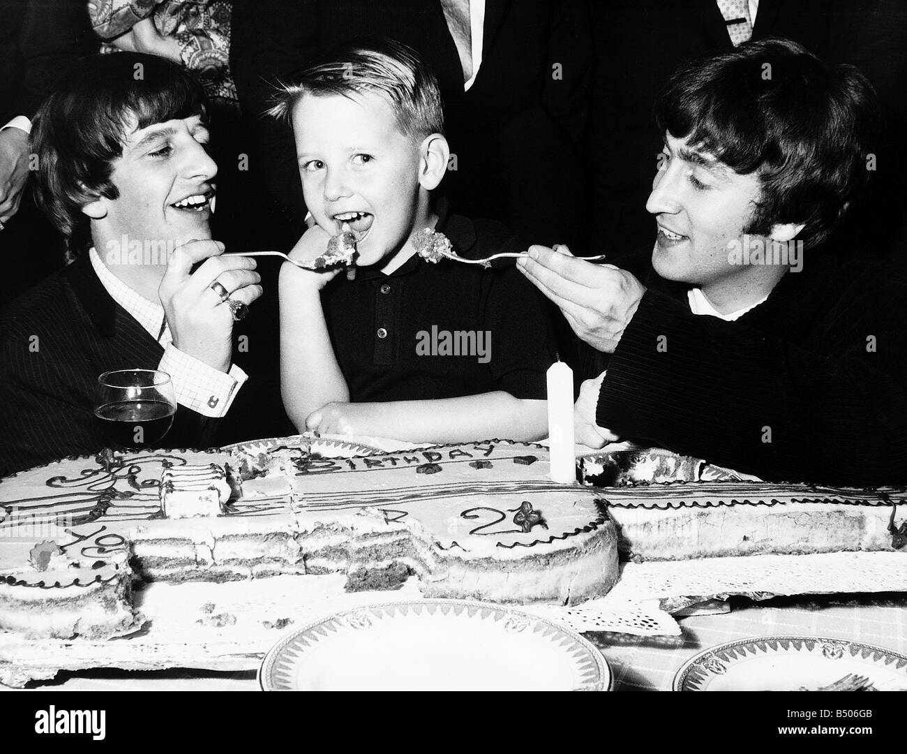 John Lennon And Ringo Starr Attend The Birthday Party Of Roy Orbison Stock Photo Alamy